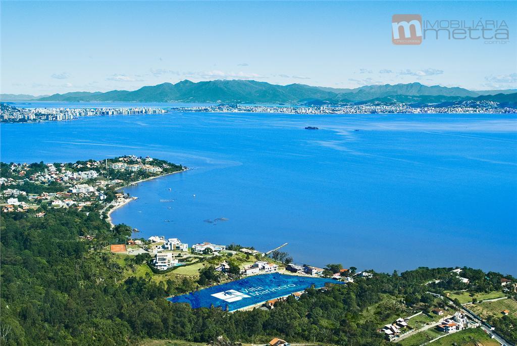 Terreno com vista panorâmica em condomínio de luxo! Cacupé, Florianópolis.