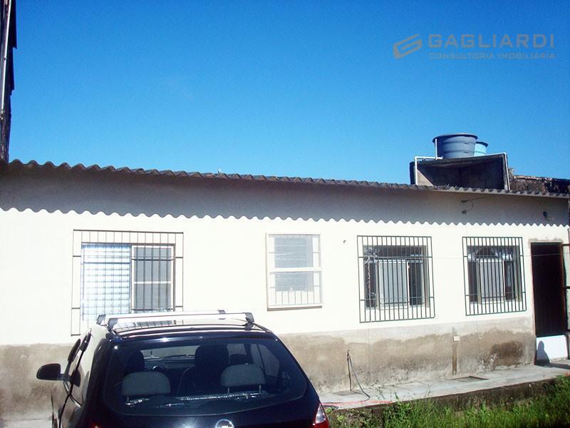 Cód. 136 - Casa no Jd. São Fernando