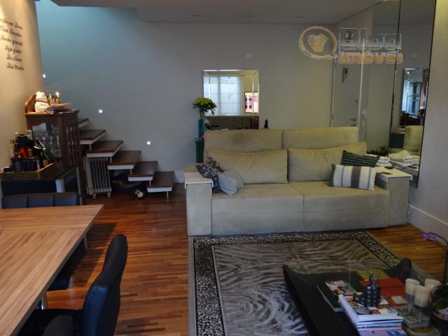 apartamento duplex maison com jardim no térreo, estilo casas americanas, com 2 suítes e 3 vagas...