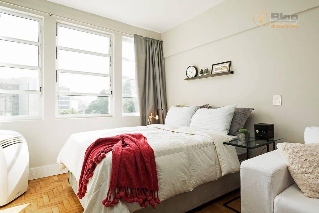 lindo studio, ensolarado, mobiliado, (serão retirados alguns itens pessoais). excelente localização, próximo da universidade mackenzie, shopping...