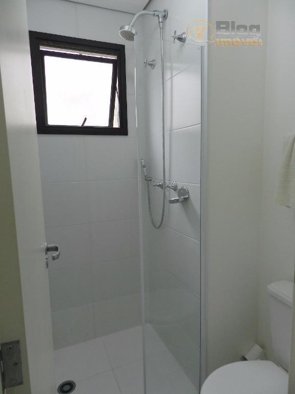 lindo apartamento com vista, andar alto, face norte, 2 dormitórios sendo 1 suíte, com vaga ao...
