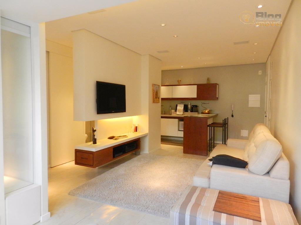 VENDA- Apartamento REFORMADO, 2 dormitórios com escritório, 1 vaga, lazer completo, Consolação