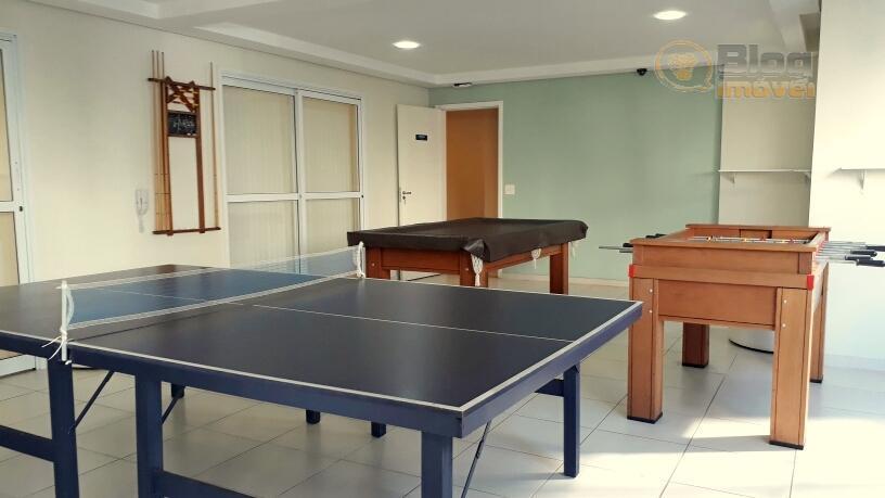 lindo apartamento reformado de 2 dormitórios, sendo 1 suíte, escritório, banheiro social, 1 vaga, terraço descoberto...