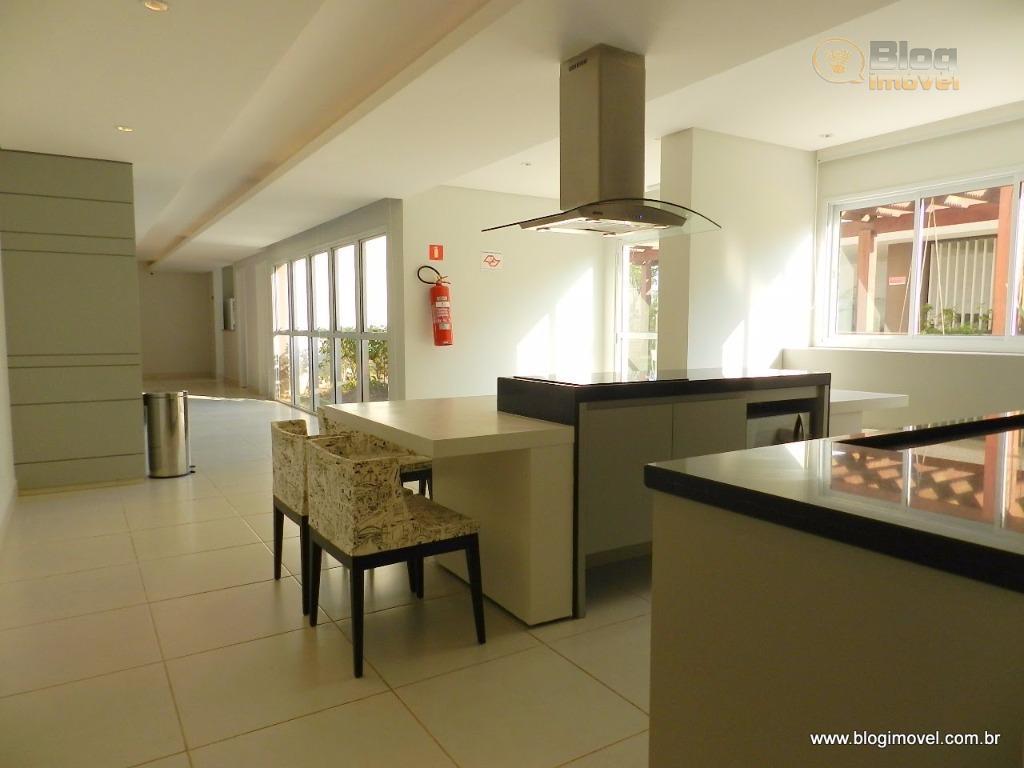 apartamento recém entregue, com sistema de iluminação sob gesso por meio de spots, revestido com piso...