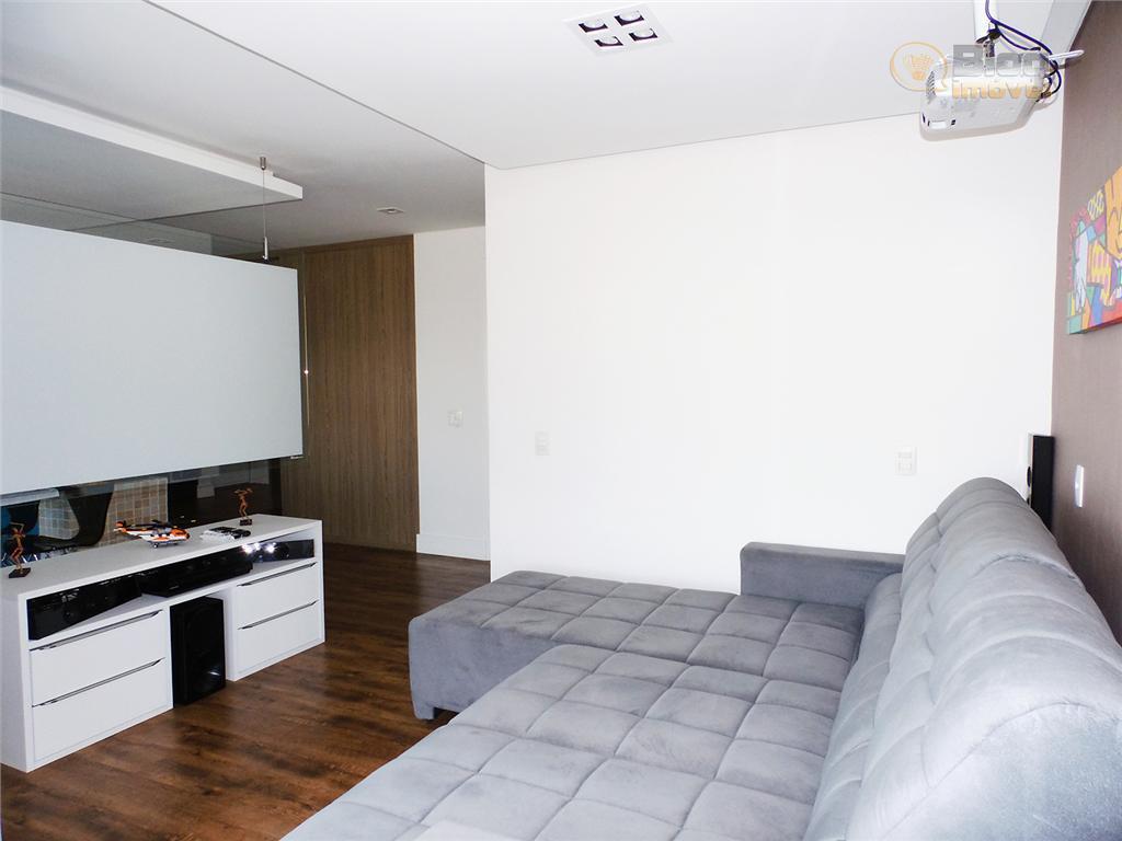 excelente apartamento mobiliado. jardim integrado com ilha da cozinha, planejados (cozinha, quarto suite, sala estar, banho,...