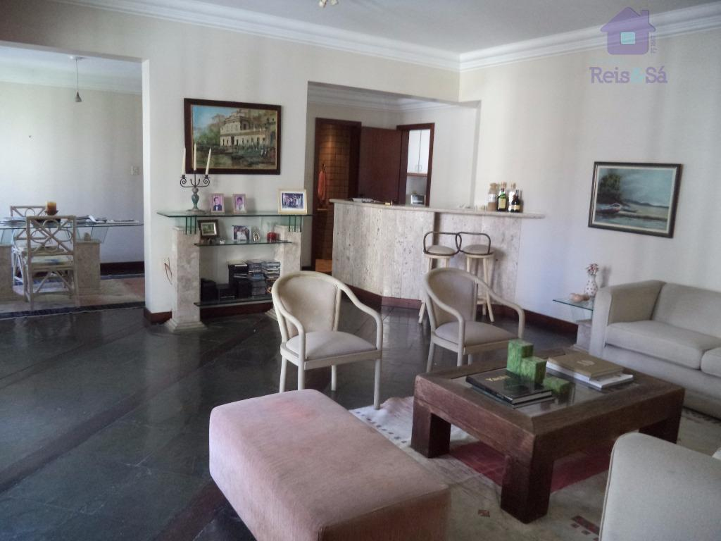Apartamento 4/4, 02 suítes, 196m², nascente - Pituba