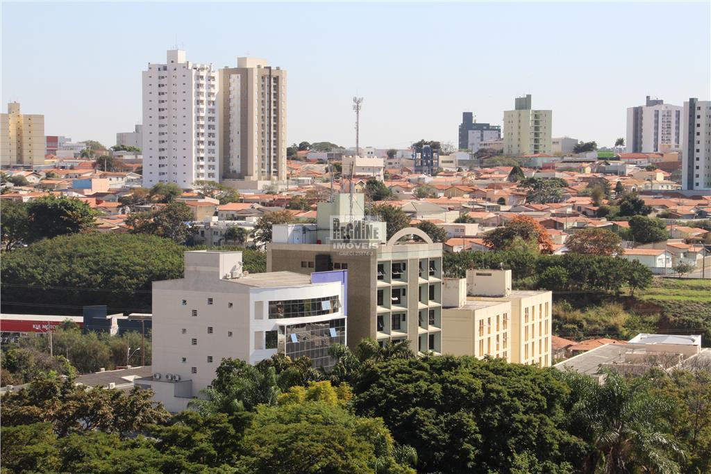 cambui em nobre edifício com 118m², 2 por andar em ótima localização!apartamento amplo e aconchegante em...