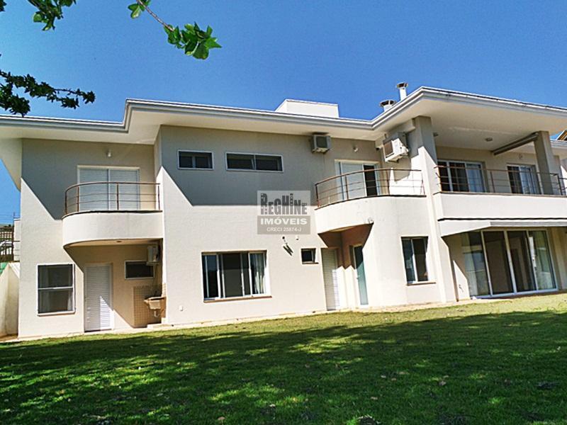Linda e imponente Casa no Alphaville Campinas!  Terreno avantajado de 1.218,00 m² e área construída 460 m².