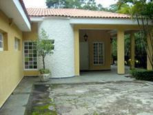 Casa fora de condomínio, Cotia - SP.