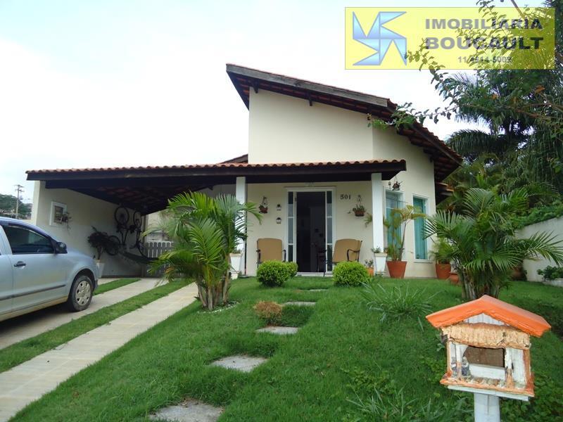 Casa  de frente para o lago, em condomínio. Vargem Grande Paulista
