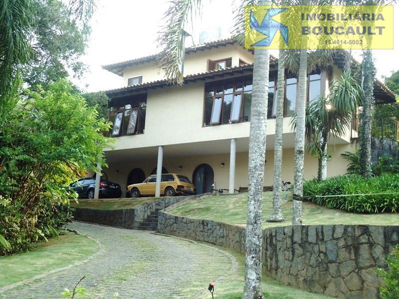 Bela casa em condomínio, com vista para lago, em Caucaia do Alto - Cotia - SP..