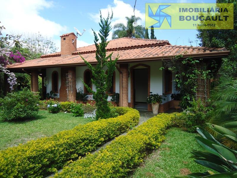 Bela casa em condomínio - Vargem Grande Paulista - SP.