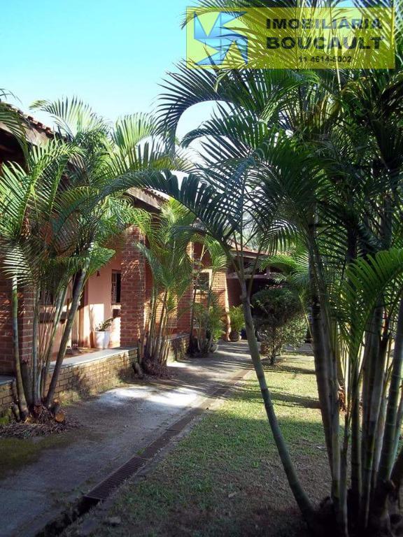 Casa em condomínio em Cotia.
