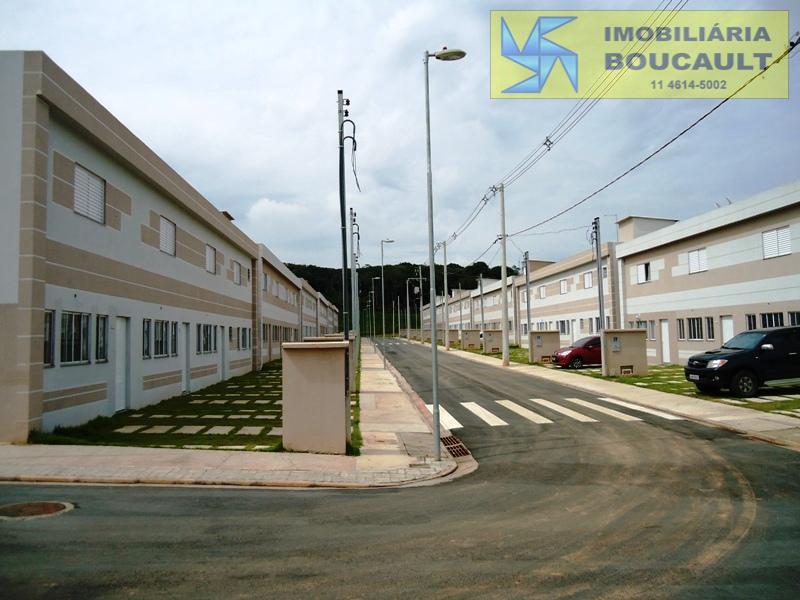 Casa em condomínio Aguassai I- Caucaia do Alto - Cotia SP.