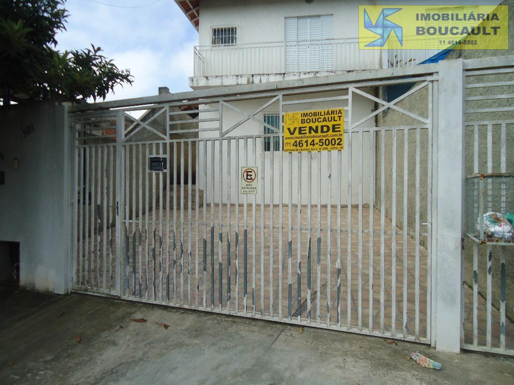 Casa fora de condomínio em Vargem Grande Paulista - SP.