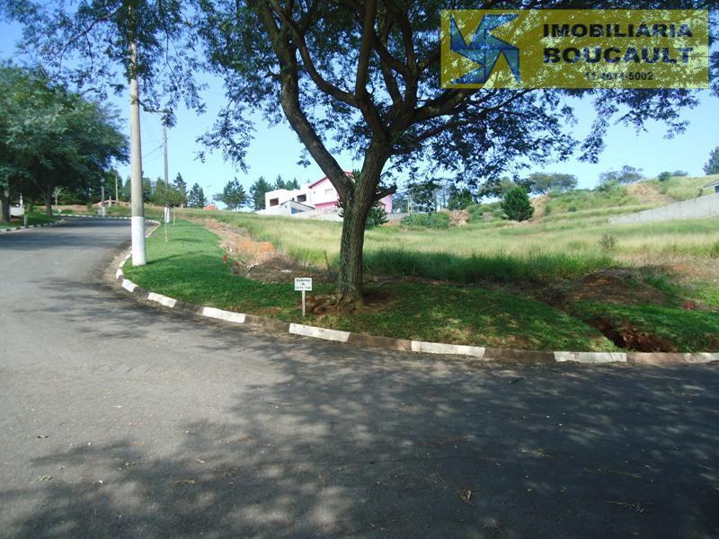 Lindo terreno em condomínio, São Roque, SP.