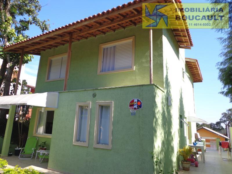 Casa fora de condomínio, Carapicuíba,  SP.