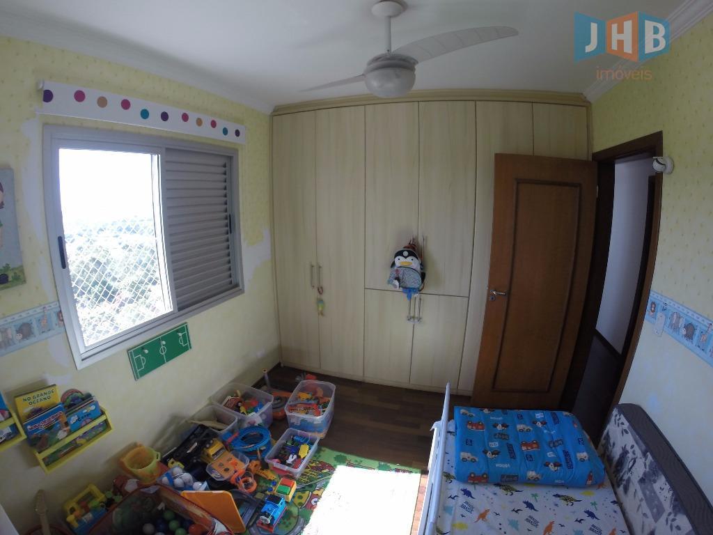 3 dormitórios com armários sendo 1 suíte, sala 2 ambientes com armários, sacada, lavabo, wc social...