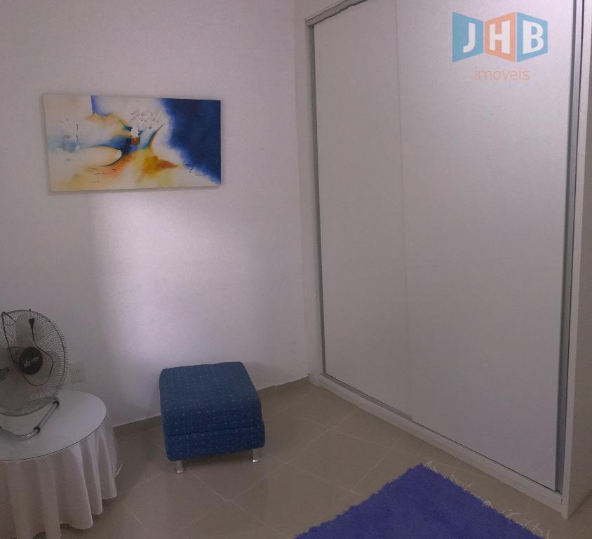 4 dormitórios com armários sendo 2 suítes, 1 closet e 1 hidro, sala 3 ambientes, escritório,...