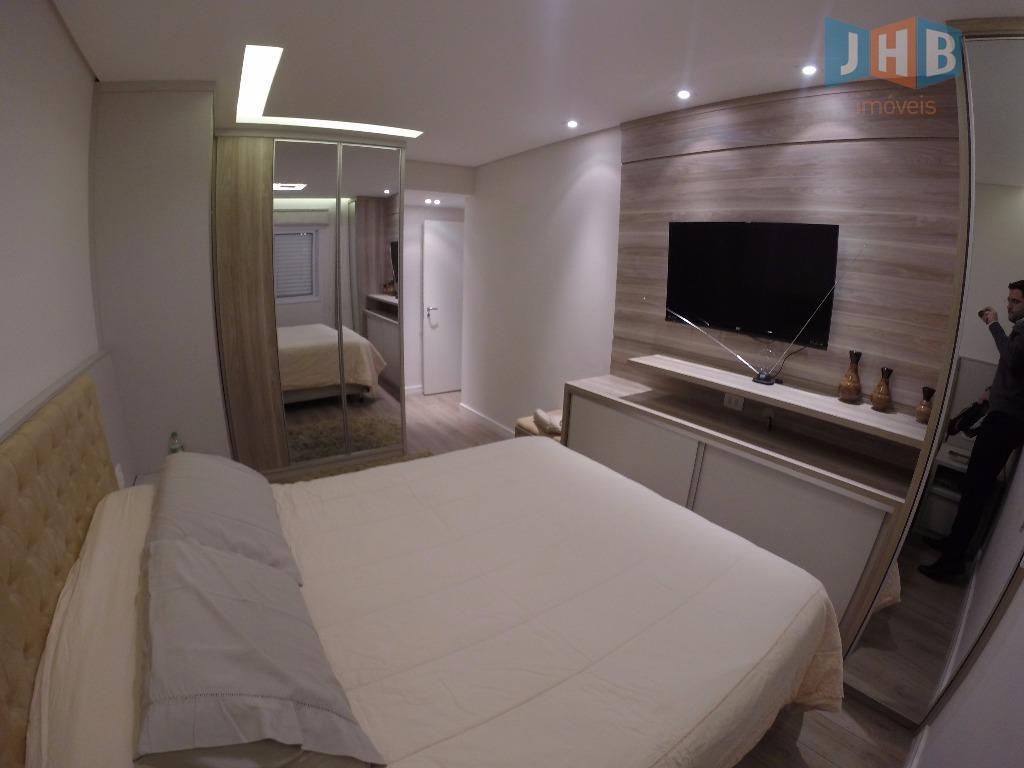 3 dormitórios com armários send 1 suíte, sala 2 ambientes com armários, varanda gourmet, lavabo, wc...
