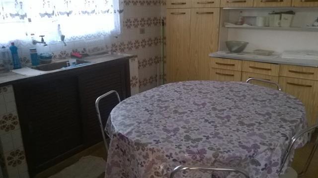casa em terreno com 275 metros com 02 dormitórios, sala, cozinha, wc., edicula com wc., área...