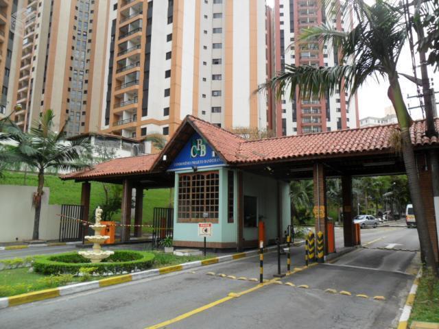 apartamento todo reformado, com 3 dormitórios, sala 2 ambientes, 1 vala livre.fácil acesso à marginal.