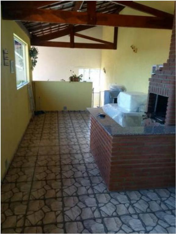 Linda casa com 2 dormitórios e salão de festas à venda, 150 m² por R$ 400.000 - Jaraguá - São Paulo/SP