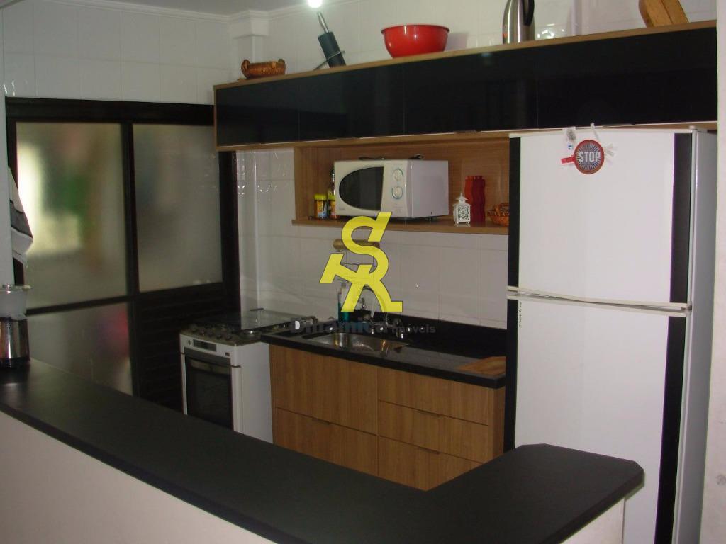 3 dormitório sendo 1 suite, sala 2 ambientes com sacada ampla, cozinha americana com armários, dependência...