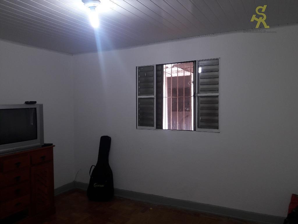 2 dormitórios,sala, cozinha,sacada, banheiro, lavabo, e uma vaga coberta. edicula nos fundos imóvel com possibilidade de...