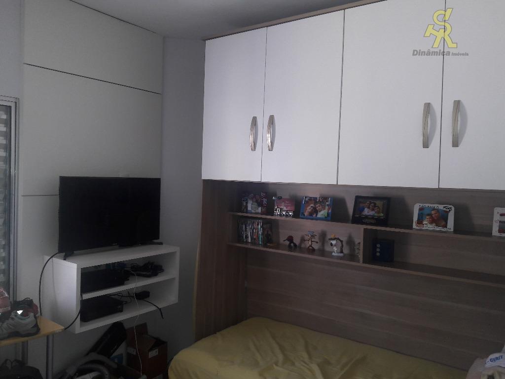 2 dormitórios(1 suite com armários), wc social, sala 2 ambientes, cozinha americana planejada,lavabo, lavanderia.acabamento diferenciado e...