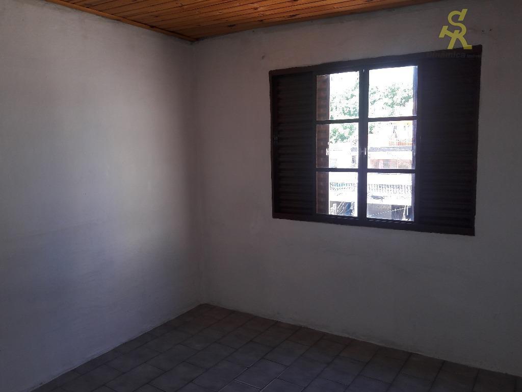 casa 1: 2 dormitórios, sala, cozinha, banheiro e 2 vagas(independente)casa 2: 1 dormitório, sala, cozinha e...