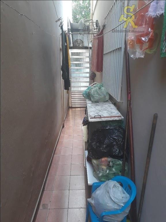 sobrado à venda - limão02 dorms. sala, cozinha,, sala de jantar, lavabo, banheiro social.nos fundos mais...