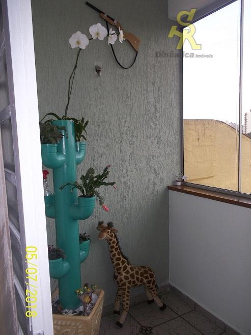 3 dormitórios sendo uma suíte, sala com 2 ambientes, sacada, cozinha, lavanderia, banheiro social, lavabo, 2...
