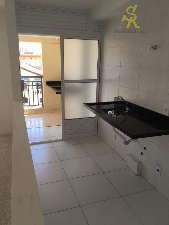 apartamento novo, com 2 dormitórios sendo 1 suite, sala ampliada sendo possível reverter o terceiro dormitório,...