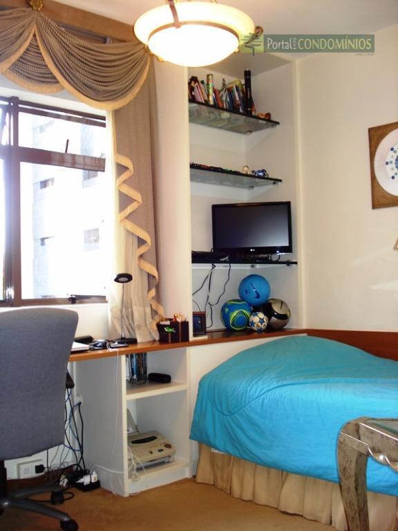 apartamento - cabral - excelente padrão, à 1 quadra do terminal do cabral, portaria 24 horas,...