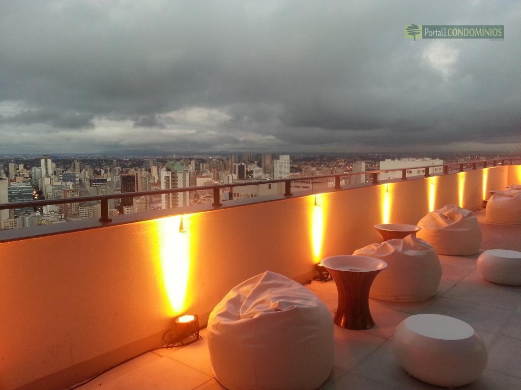 Apartamento residencial à venda, Centro, Curitiba - AP0317.