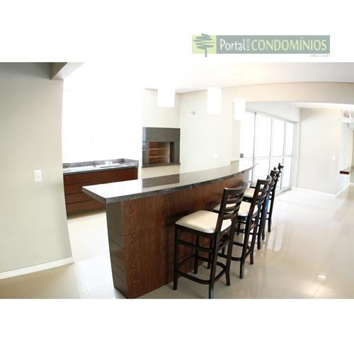 apartamento - água verde - excelente apartamento, 01 por andar com ótima localização. hall com piso...