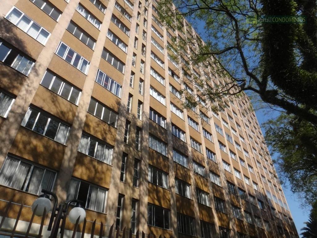 apartamento - bairro rebouças - edifício com churrasqueira, fitness, playground, quadra poliesportiva. contendo 03 dormitórios (suíte...