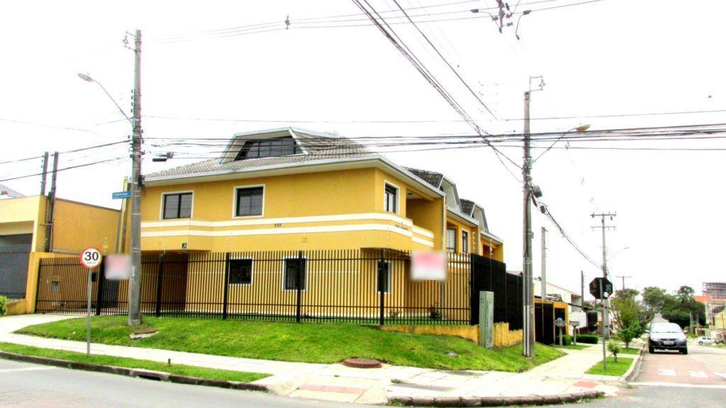 Sobrado triplex  residencial à venda, Capão Raso, Curitiba.