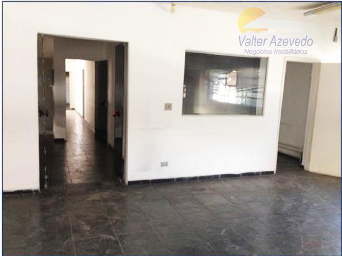 galpão vila leopoldina !!! área construída 2641 m², área total 2800 m², possui escritórios de aproximadamente...