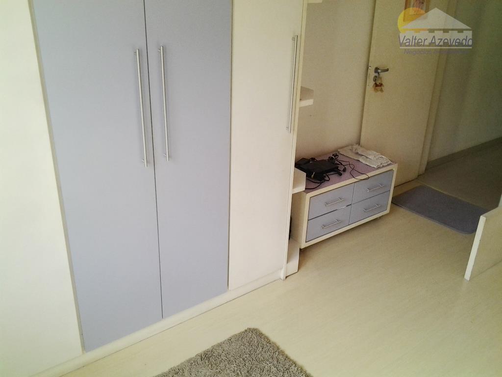 sobrado tremembé !!! 03 dormitórios sendo 1 suite com amplo terraço, sala para 2 ambientes com...