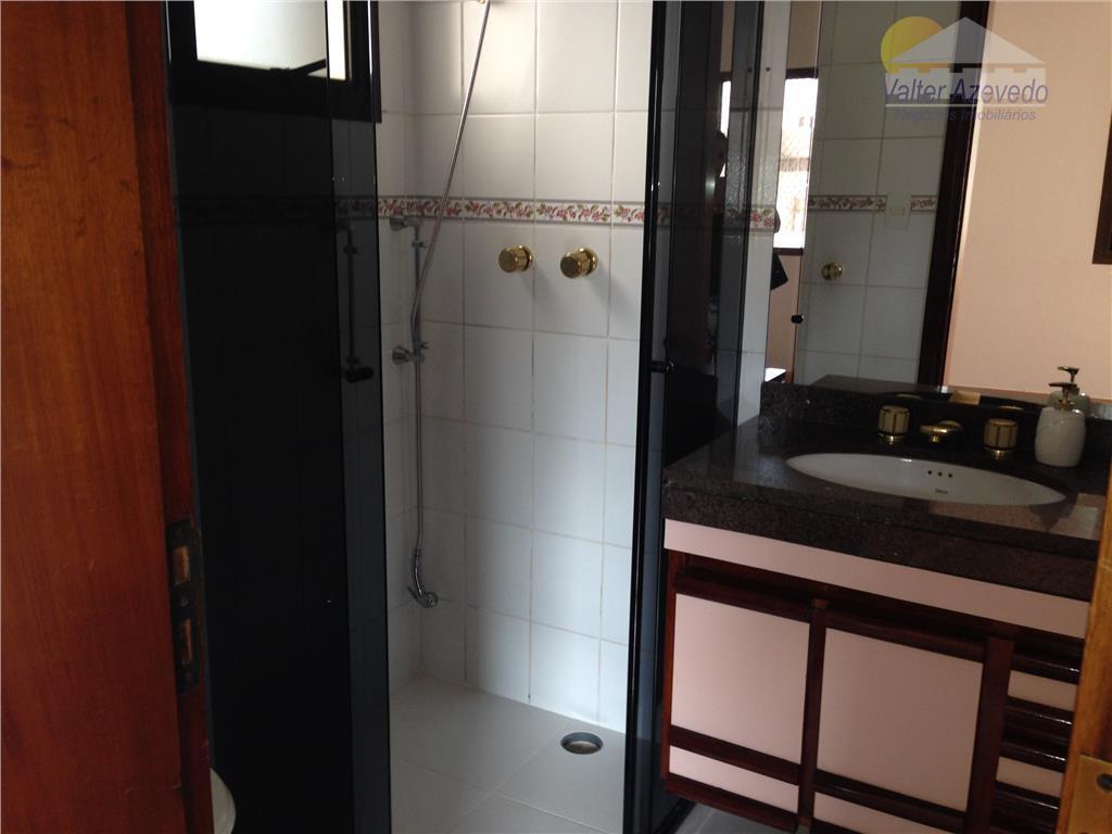 apartamento água fria !!! 190 m² , 4 dormitórios , sala , cozinha, rico em armários...