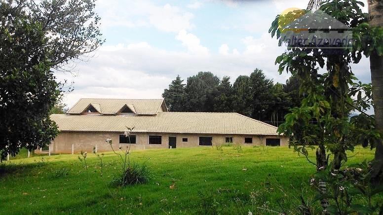 casa água de lindóia !!! 400 m² , 4 suítes sendo 1 master todas com closet,...