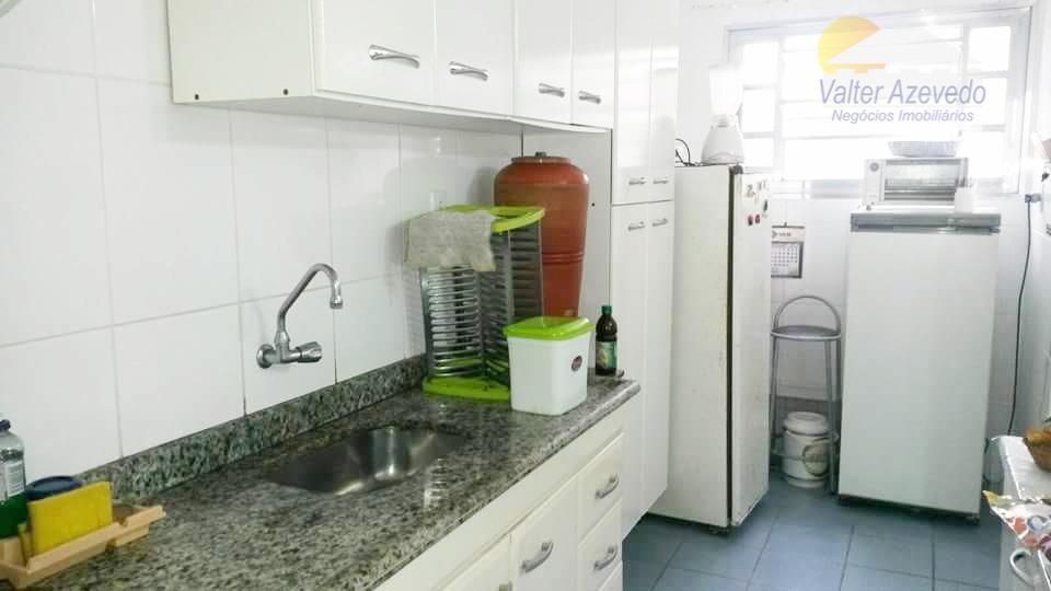 apartamento na cidade ocean !!! 60m², 2 dormitórios, sala, cozinha, mobiliado, 1 wc, sala de estar...