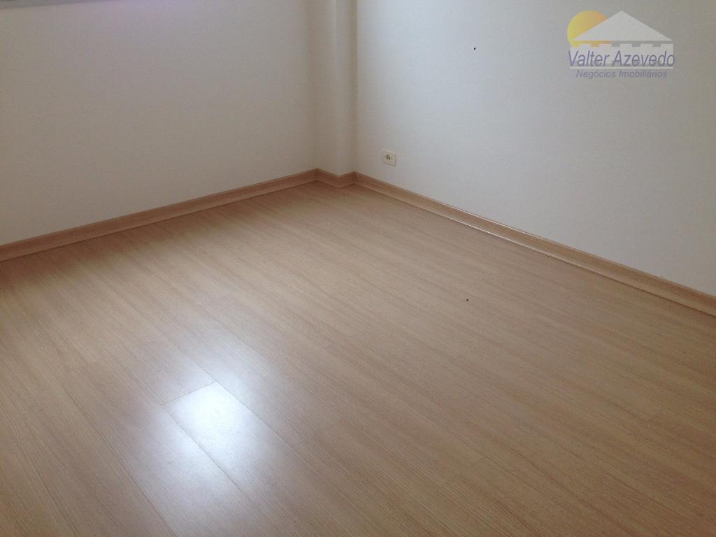 apartamento santa terezinha! rico em armários, 02 dormitórios, living 02 ambientes, 01 wc, salão de festa,...