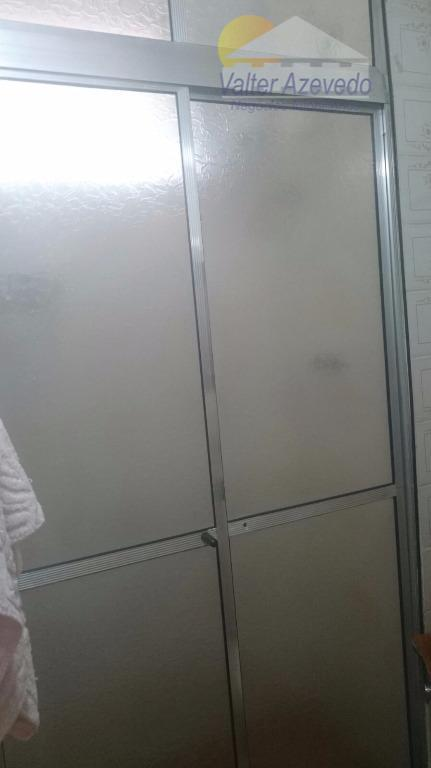 apartamento bem localizado, com 02 dormitórios, banheiro, sala cozinha, 01 vaga de garagem, salão de festas,playground,...