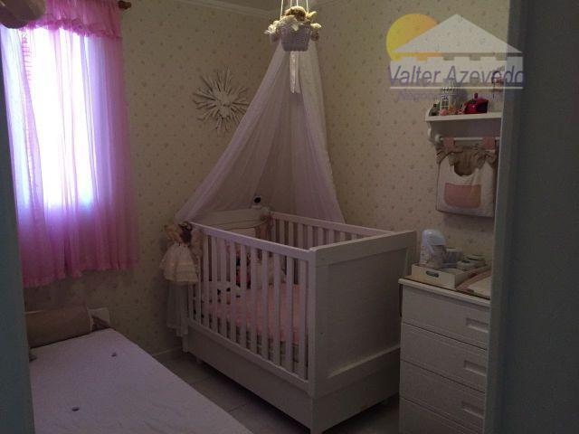 excelente apartamento com 02 dormitórios, banheiro e cozinha com armários, sala, 01 vaga de garagem, imóvel...