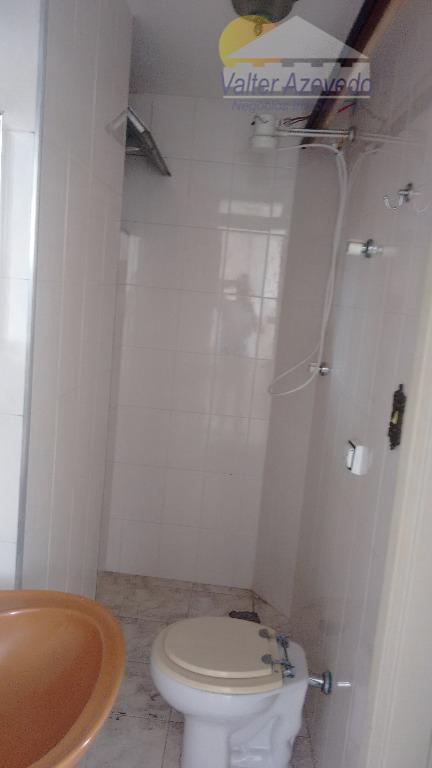 apartamento de excelente localização,com 02 dormitórios,closet, sala ampla, cozinha, 02 banheiros, área de serviço, garagem, área...