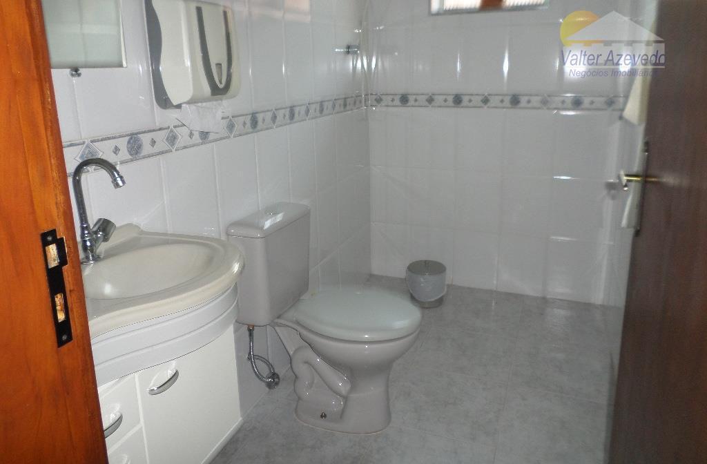 excelente sala comercial, com ar condicionado, banheiro, cozinha, ideal para escritórios,consultórios e televendas...