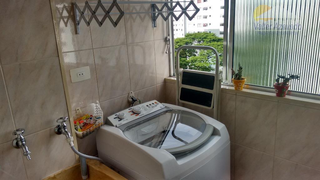 excelente apartamento !! próximo ao horto florestal !! reformado, com 02 dormitórios, banheiro, cozinha com armários,...
